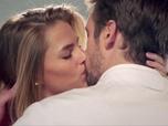 Replay Demain nous appartient - Bastien et Victoire : enfin le baiser
