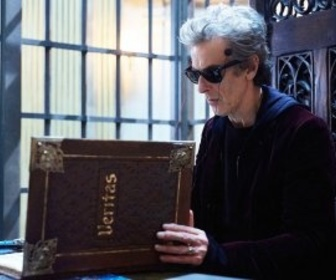 Replay Doctor Who - S10 E6 : Extremis